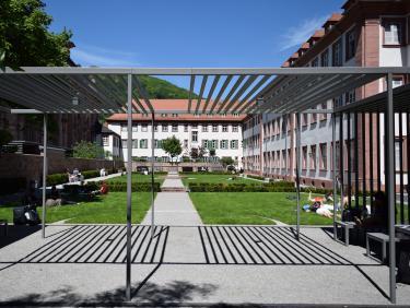 SGF English Studies / Anglistik - Barockgarten