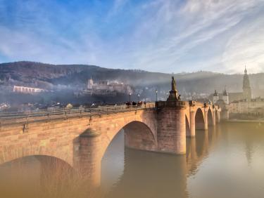 Symbolbild Startseite: Alte Brücke